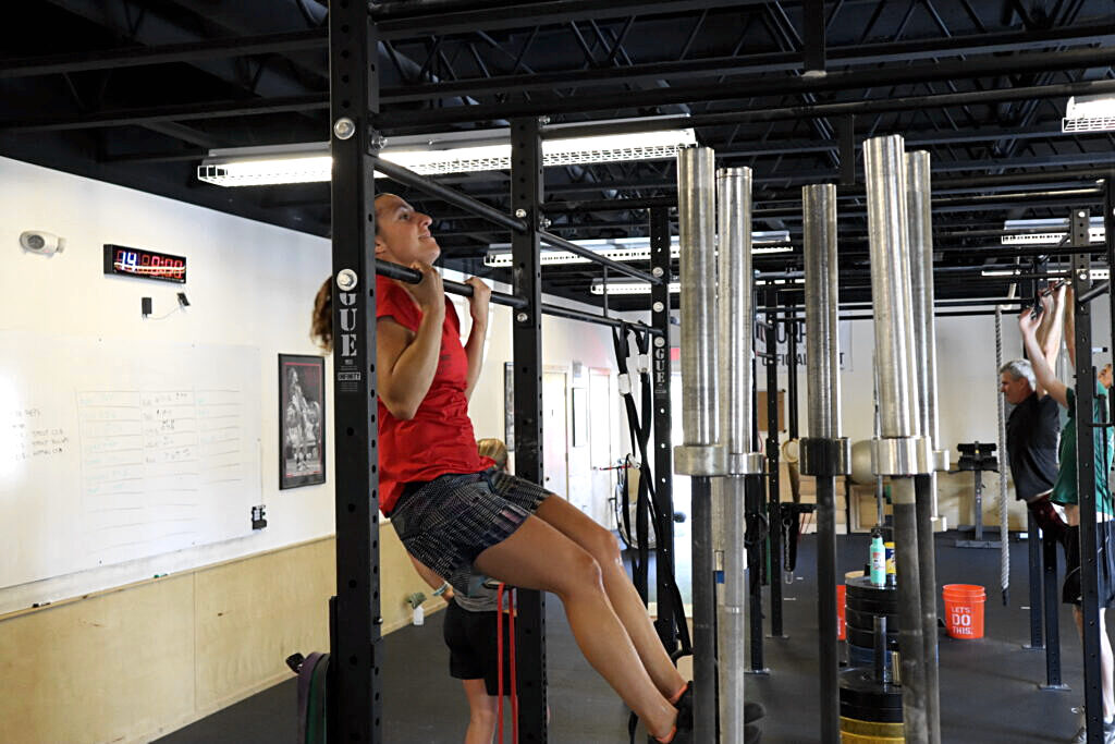 Amy Chapman doing pull-ups