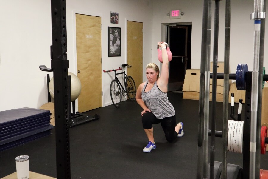 Terra overhead lunges